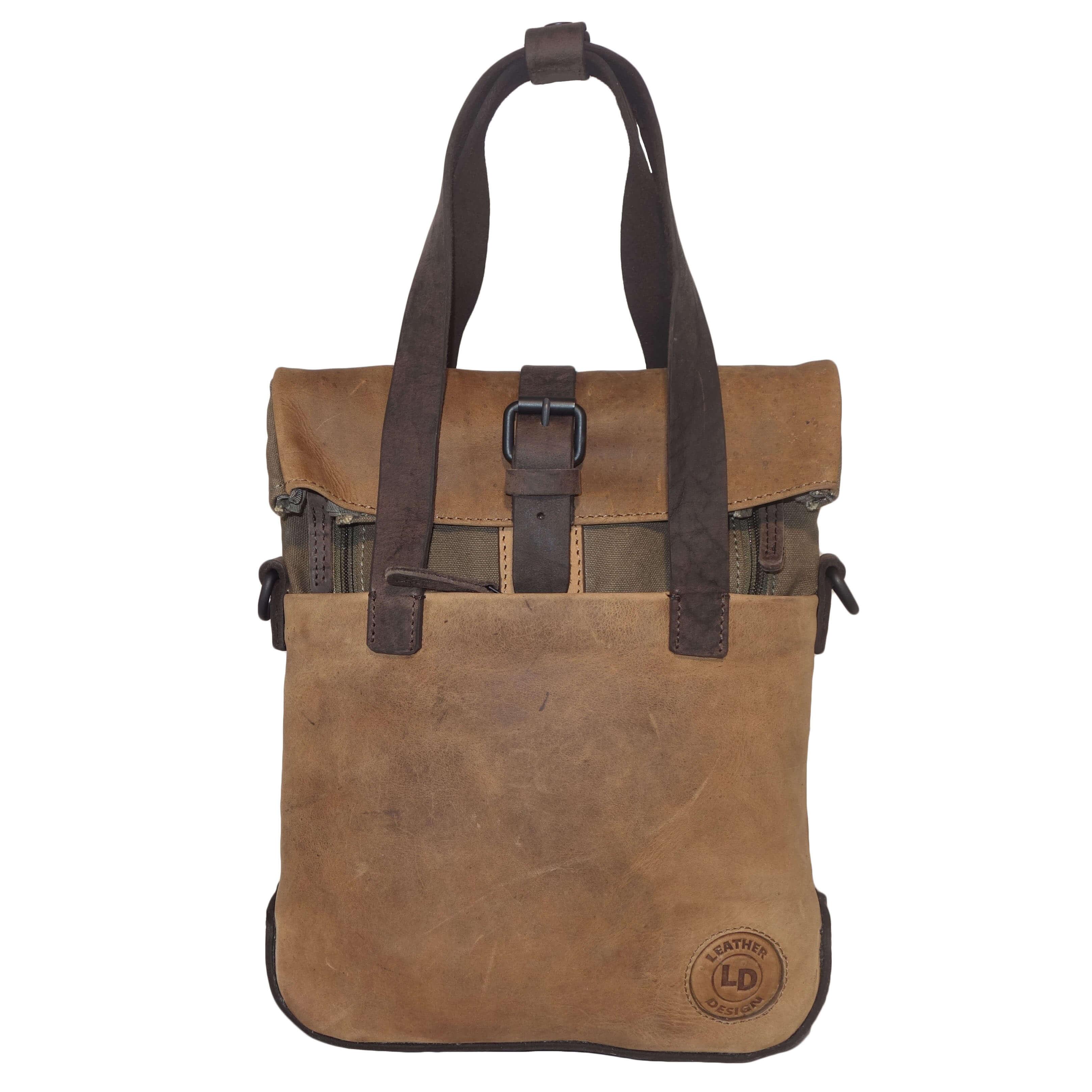 9f17913236b Stoere rugzak/schoudertas/handtas van Leather Design. De tas is gemaakt van  hoogwaardige kwaliteit leer en een stevige kwalitieit canvas, de combinatie  van ...