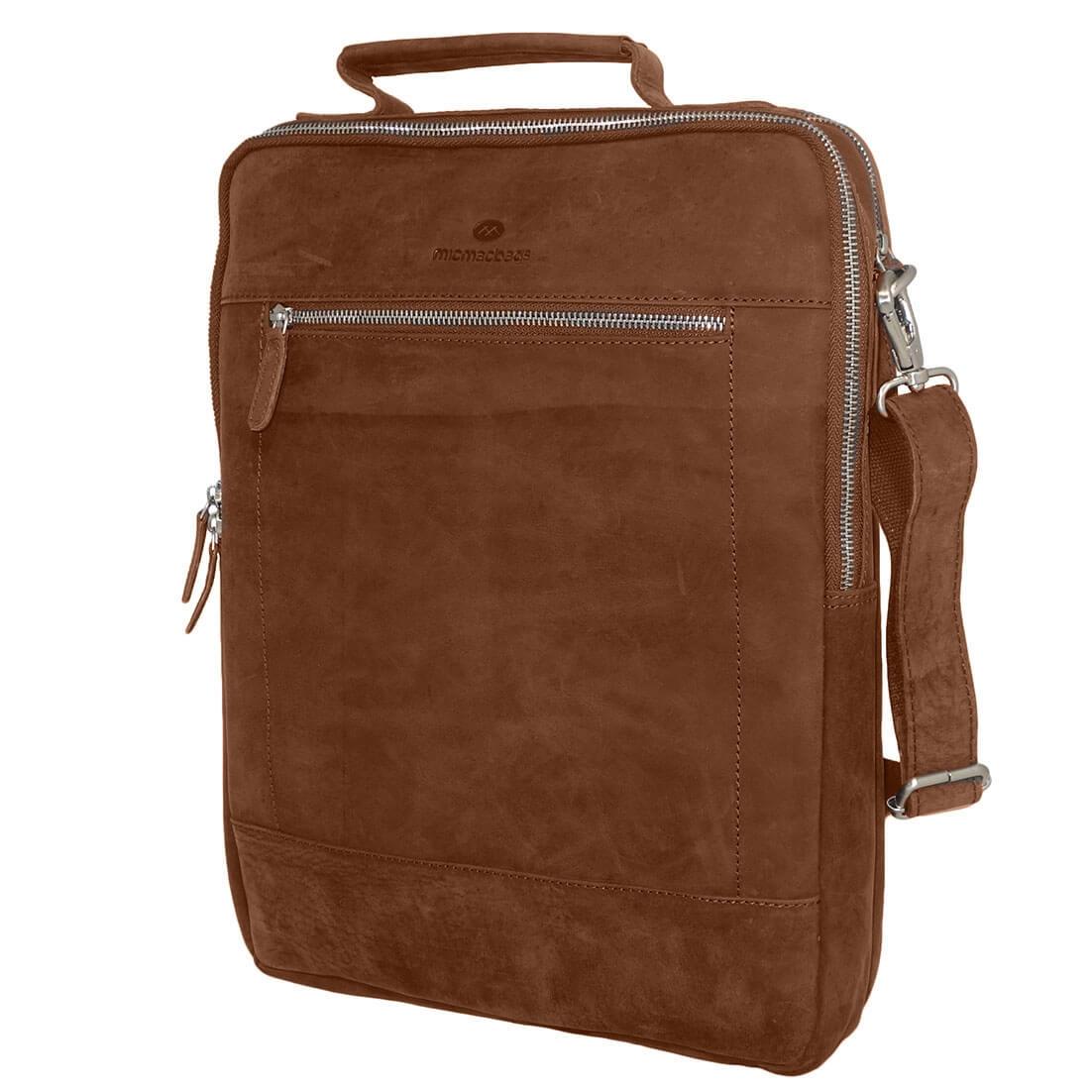 7542ef5368d Echt leren schoudertas / rugzak van MicMacbags. De tas is een ideale  werktas omdat een laptopvak heeft en er ook een 23 rings map in past.