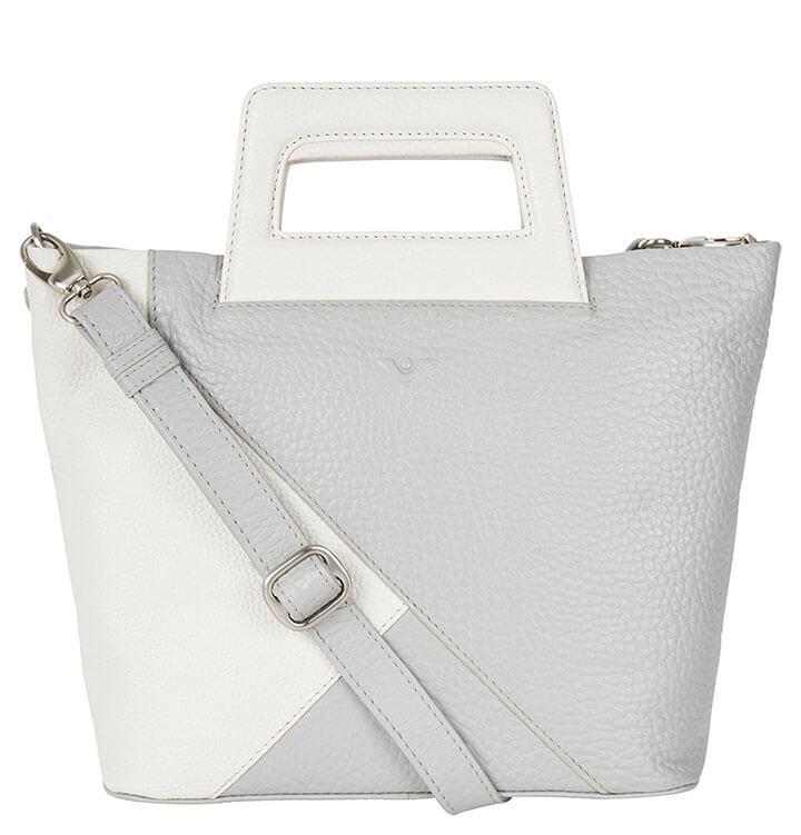 41666c20e87 Prachtige echt leren handtas / schoudertas van Voi. De tas is gemaakt van  een hoogwaardige kwaliteit leer, het leer voelt soepel aan.