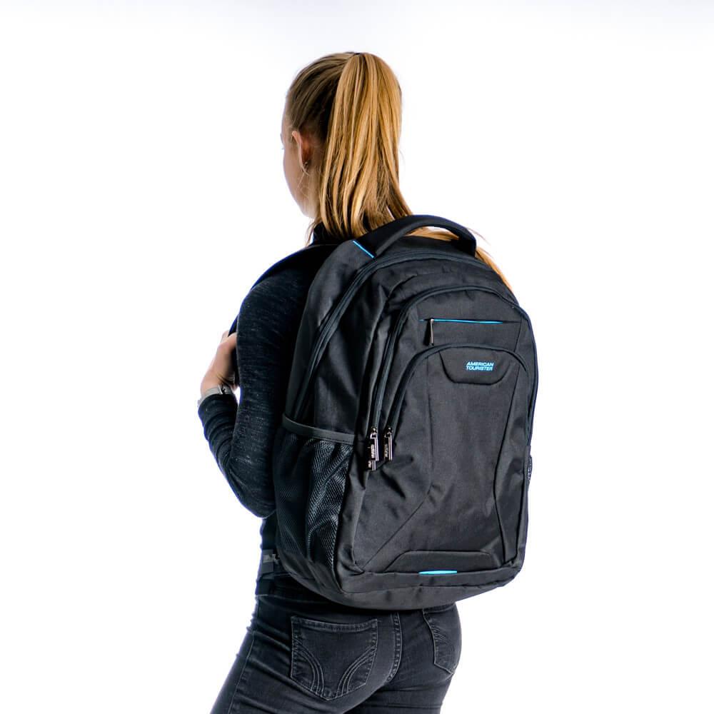 c8fa0513b62 ... American_Tourister_At_Work_Backpack_17.3_Black_7. Sportieve rugzak uit  de At Work serie van American Tourister.