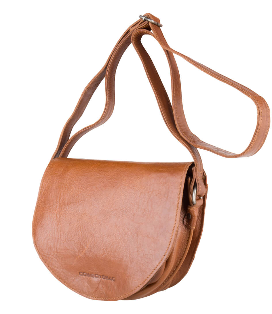 1272c58846a ... cowboysbag-bag-cooper-juicy-tan-2134-380-side. De Cooper Bag is een gaaf  crossbody schoudertasje met overslag van het merk ...