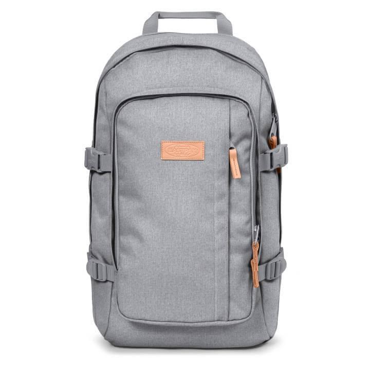 b660c7fdf7d De Eastpak Evanz is een ruime rugzak met een gewatteerde laptopsleeve voor  laptops tot en met