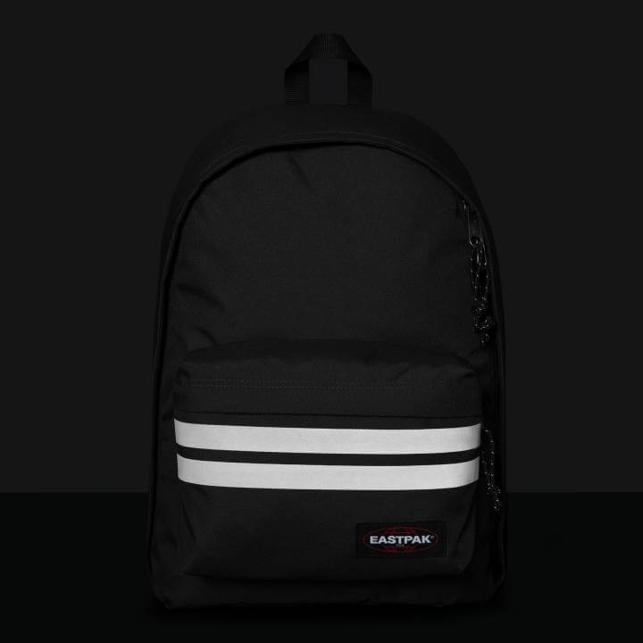 5cd120c495c ... Eastpak_Out_Of_Office_Reflective_Black_7  Eastpak_Out_Of_Office_Reflective_Black_8. Deze super sterke Eastpak Out Of Office  rugzak ...