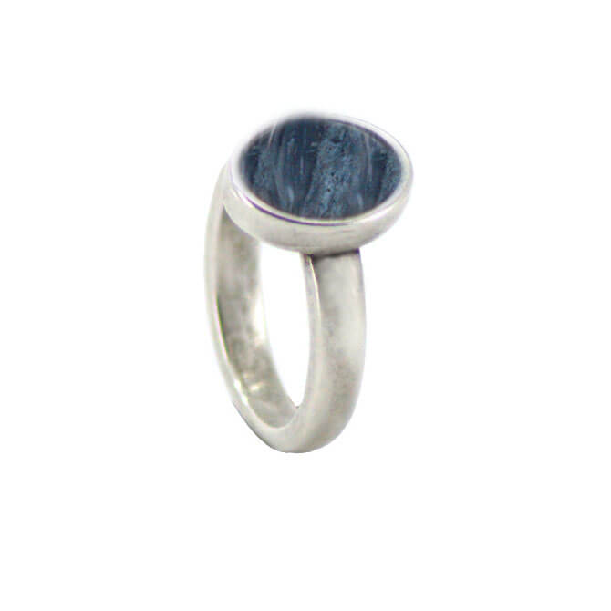 Qoss Ring Door Ovale Jeansblauwe Steen