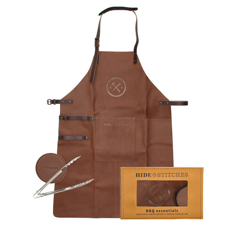 Hide & Stitches BBQ Essentials: Lederen Schort + Onderzetters + Tang Bruin